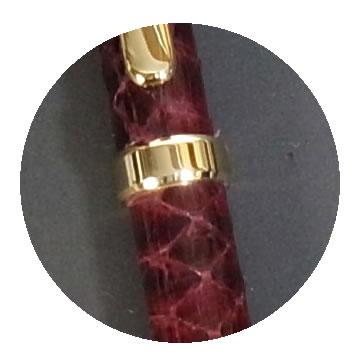 蛇革巻きボールペンの特徴2