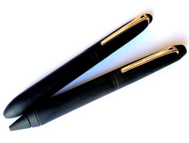 エボナイト削り出しボールペン油性ボールペン