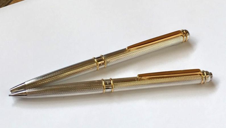 F型ボールペン利用シーン