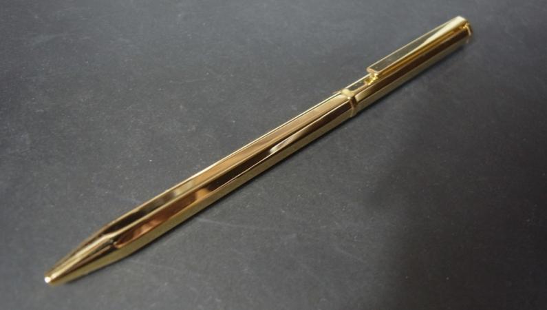 G5ロンソンボールペン 利用シーン