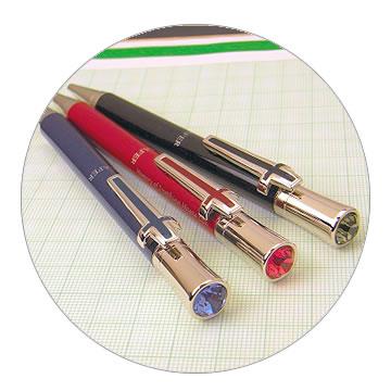スワロフスキボールペンの特徴1 光沢感