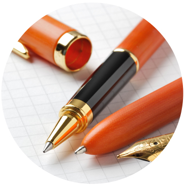 ベークライト製ボールペンの特徴1 光沢感